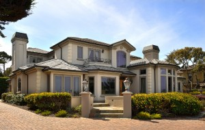 17-Mile-Drive-26-Big-beautiful-house-front-side